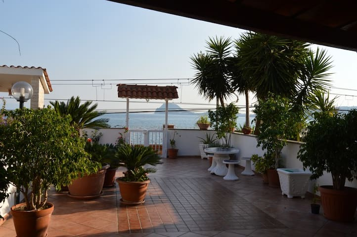 lovely home on the sea near Naples
