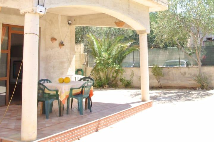villa con veranda - Balestrate - Villa