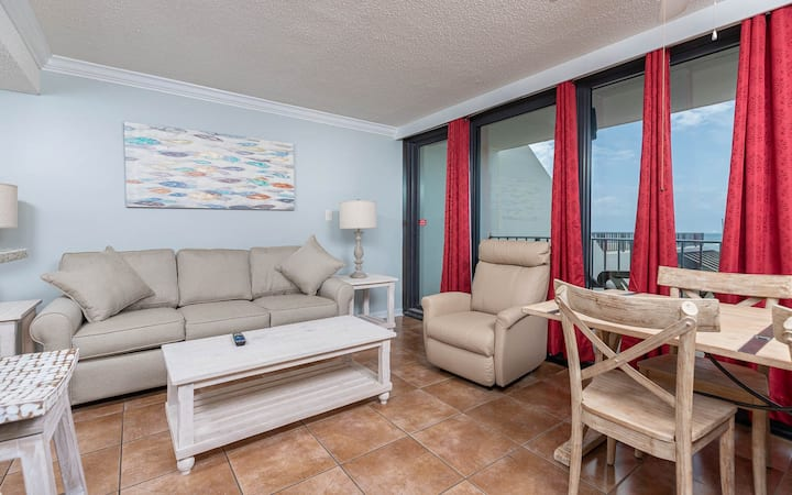 Gulf Front 1 Bedroom - Island Winds East 106