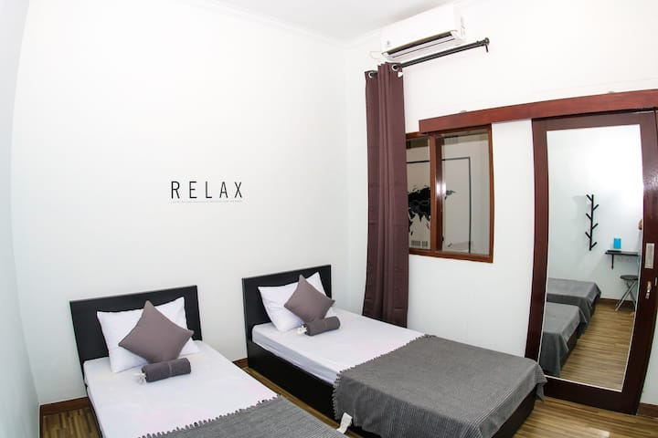 Twin or Double Bed, and Shared Bathroom near Ijen