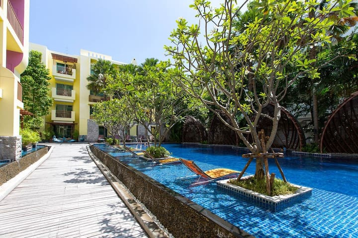 1 Bedroom Mykonos Condominium, 50m from the Beach