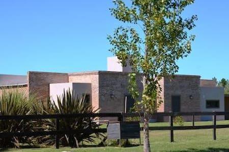 Villa Los Tres Vientos