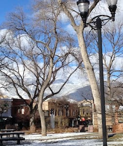 Manhattan in Old Colorado City - Colorado Springs