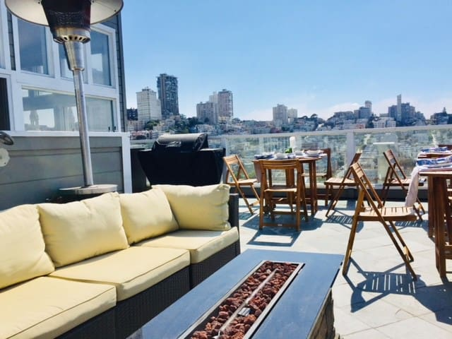 Tel-Hill Rooftop Penthse For 10 people crazy views