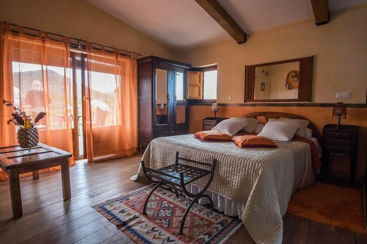 Casa Rural con miniSpa,   a 1 hora de Madrid,