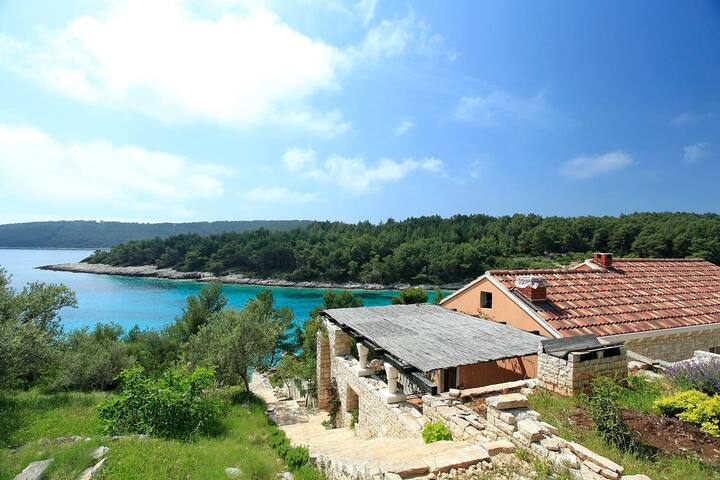 Perle - Eco-Friendly house with beautiful surroundings and view - Vela Luka - Casa