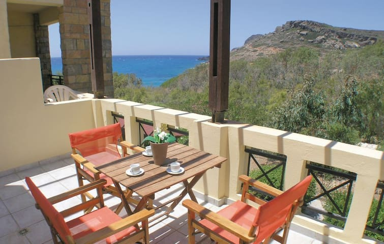 Comfortable Apartment with Sea View - Dionisos - Apartment