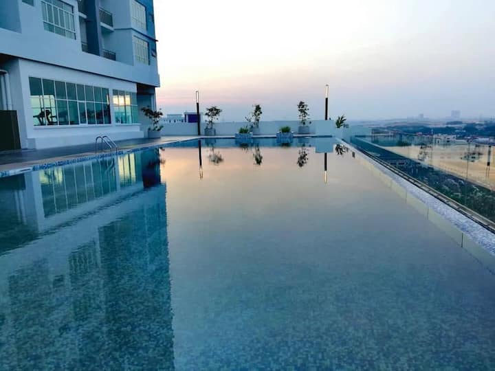 Puncak 7 Residences, near Unisel, UiTM, i-City