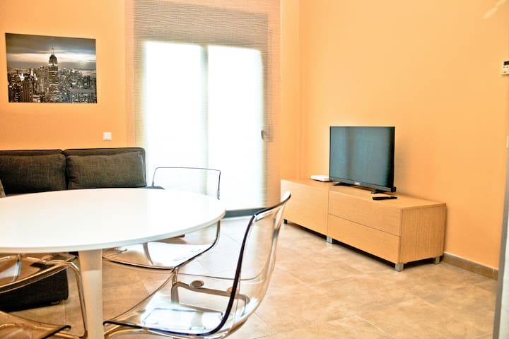 Urban Manresa - City center apartment with balcony