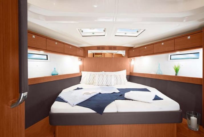 Rottnest Island Sailing Yacht Accommodation