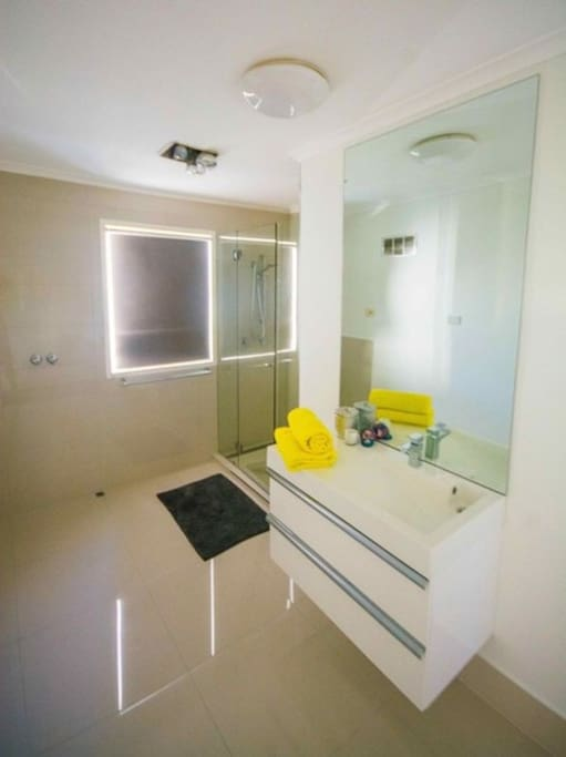 Lovely renovated and modern bathroom. Very spacious.