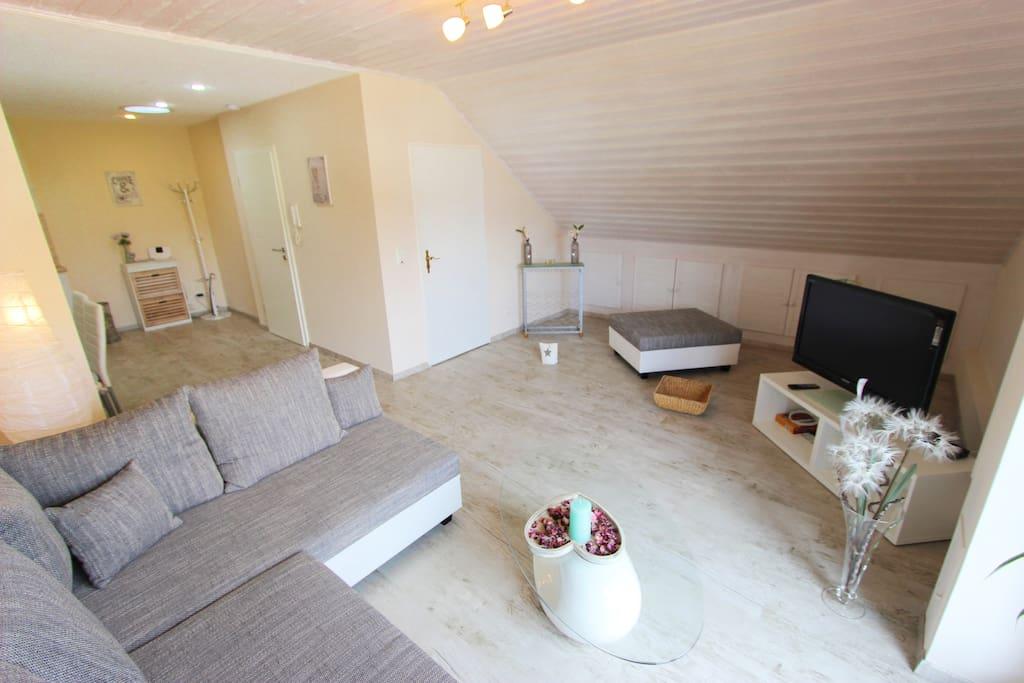 50 m gem tlich modern eingerichtete wohnung for Modern eingerichtete wohnzimmer