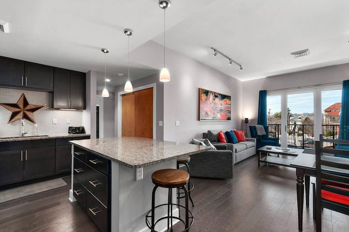 Downtown Asheville Condo - right in the heart of things.