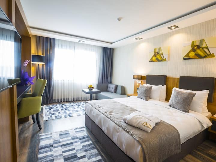 Royal Axis Suites Hotel Trabzon - Standart French Room