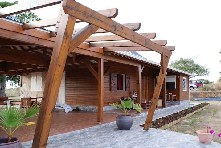 TROPIC VENUCIA - GP - House