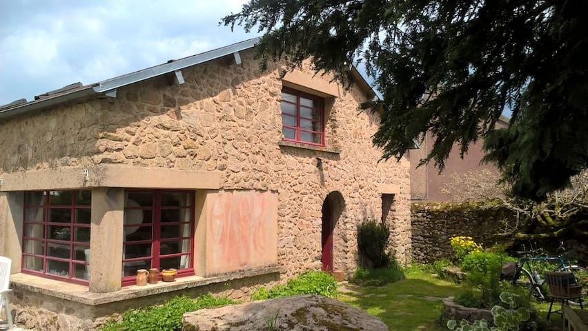 Morvan - Agréable maison de campagne déconnectée - Quarré-les-Tombes - Rumah