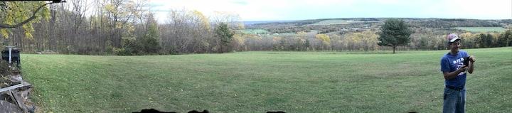 Beautiful Hiking Trails located in the backyard