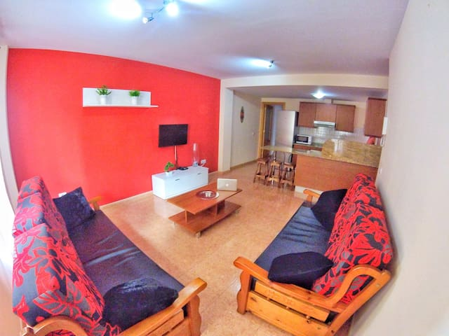 Flat+7 Person+Wifi50Mb - Family & Groups - Marpequeña - Hus