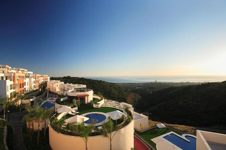 Luxury Sea view Marbella Apartment Samara Resort