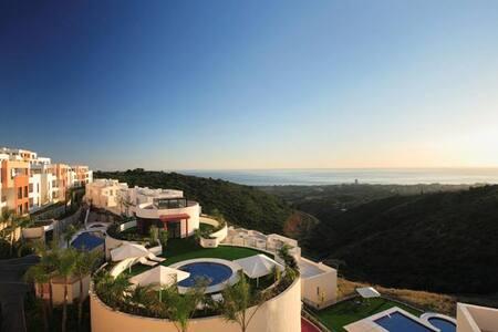 Luxury Sea view Marbella Apartment Samara Resort