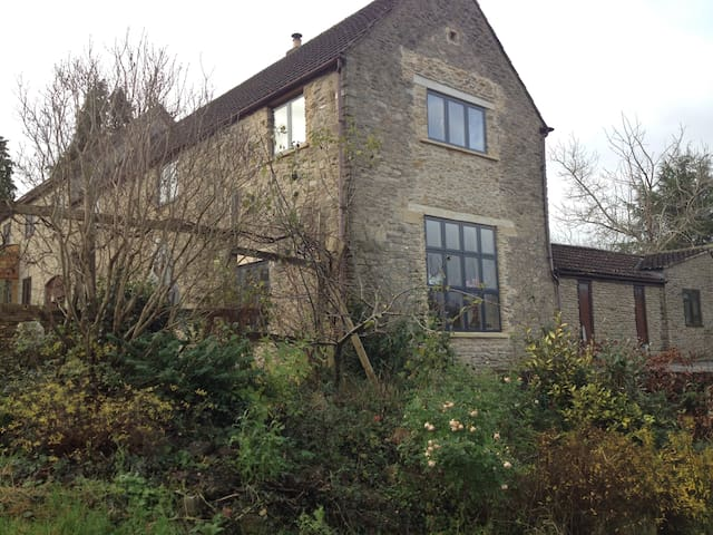 River Barn, hidden gem in the centre of town - Frome - ที่พักพร้อมอาหารเช้า