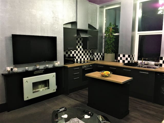 Town Centre 1 Bedroom Apartment
