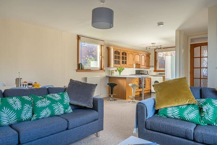 Broughty Ferry Road Apartment