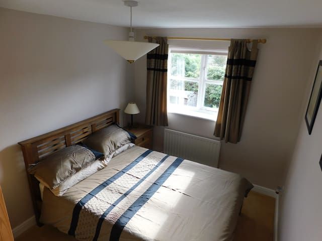 Double Room, Quiet area, Whitnash Leamington Spa