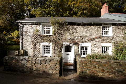 Willow View - Gorgeous Traditional Cornish Cottage