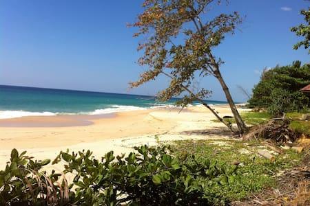 House on the beach, thai muang - Dom