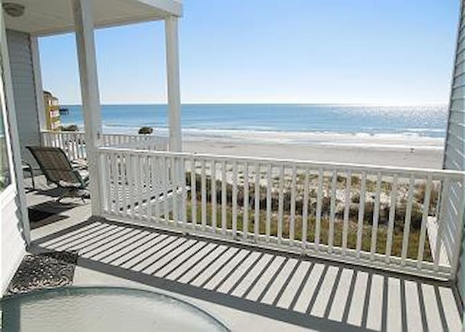 Seacoast Villas 8-Beautiful Condo with Great Views - Folly Beach - Apartament
