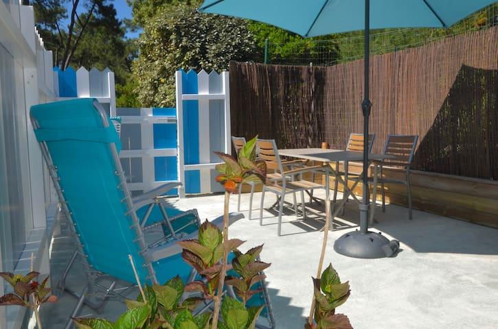 Maisonnette avec terrasse ( neuve)
