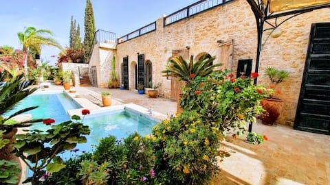 Belle Maison Riad  piscine privée 6 ad 2 enfants