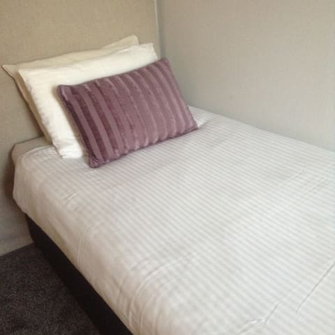 Hazels guest house (city centre) room 5