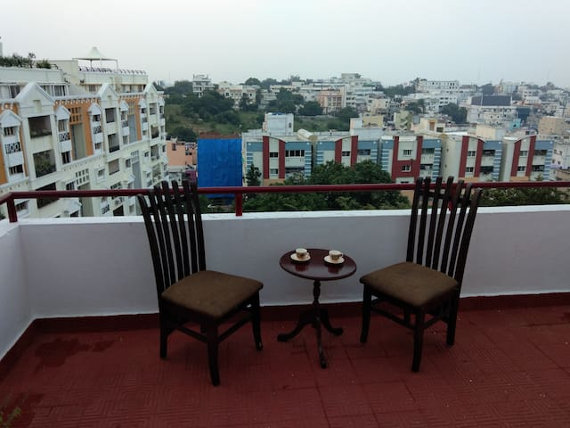 Red Veranda (Shared Apartment), Banjara Hills