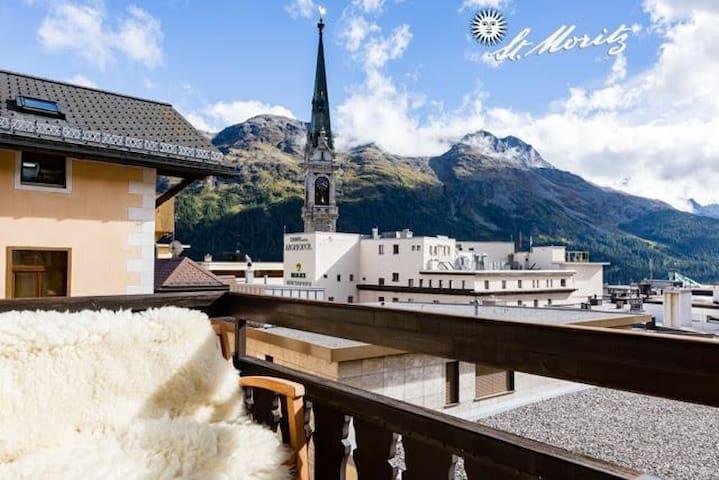 Nenasan Terrace in Center St Moritz private garage