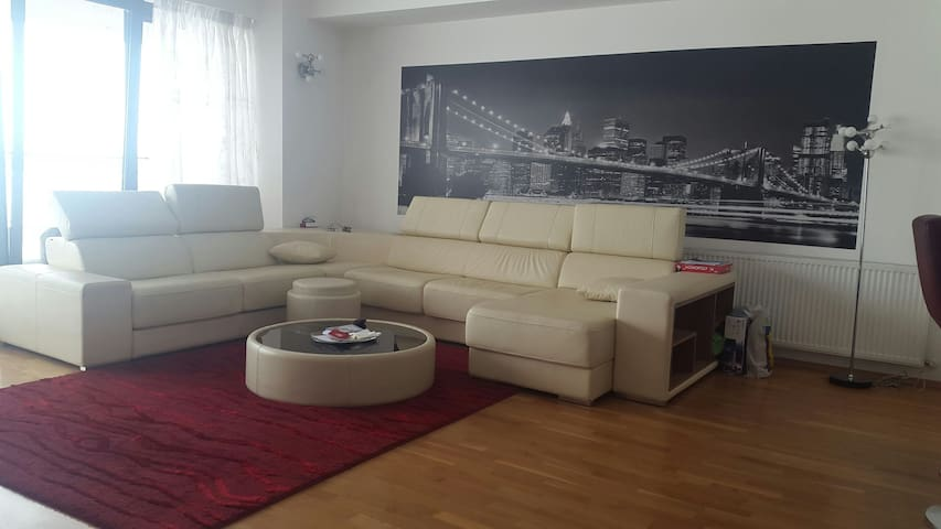 Luxury Apartment Pipera City - Voluntari - Lägenhet
