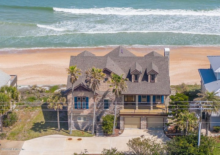 Beach FRONT LUX mansion! 6 bedrooms, 5 1/2 baths