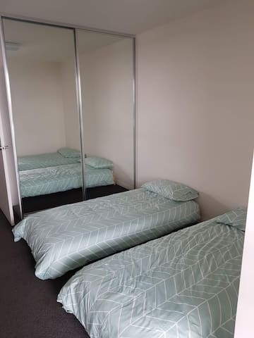 Second bedroom - 2 single bed configuration