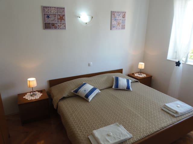 Lumbarda ROOM  - ADRIATIC-1 - Lumbarda - Bed & Breakfast