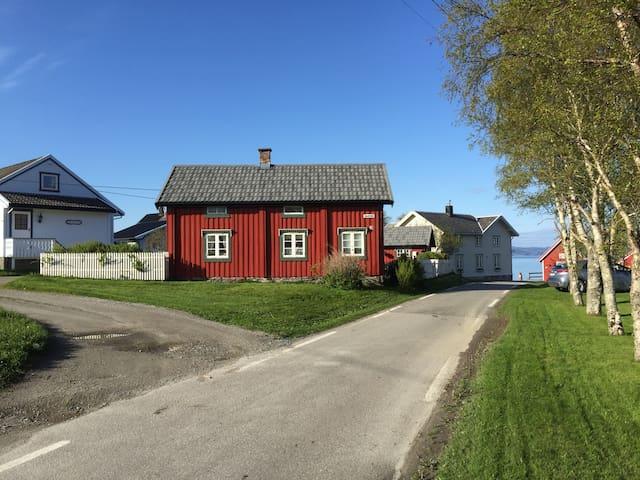 Fin hytte i Fevåg utenfor Rissa til leie. - Rissa - Cabin