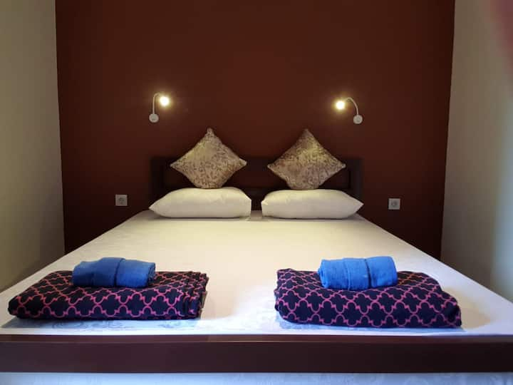 Private room with double bed or twin beds.