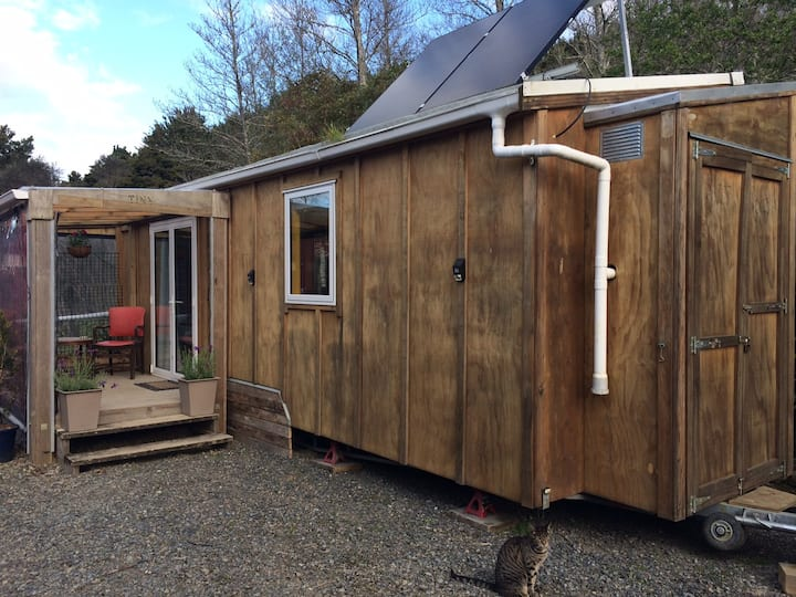 WAIMATE NORTH'S SWEETEST TINY HOUSE