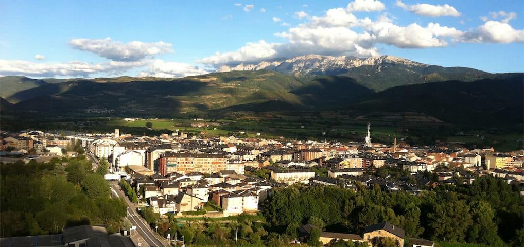 Habitación para dos en la Seu - La Seu d'Urgell - Huoneisto