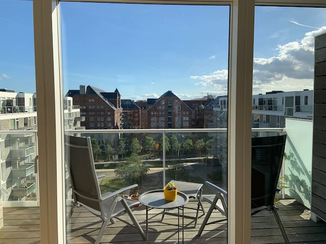 Sunny Apartment in Islands Brygge, 1 Bedroom