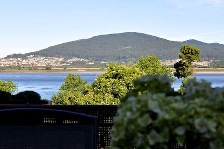 Habitación doble con dos camas y baño compartido - Seixas, Caminha. - Bed & Breakfast