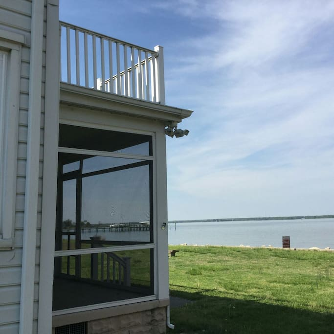 Front of the house (screened porch and rooftop deck)...on the Choptank River
