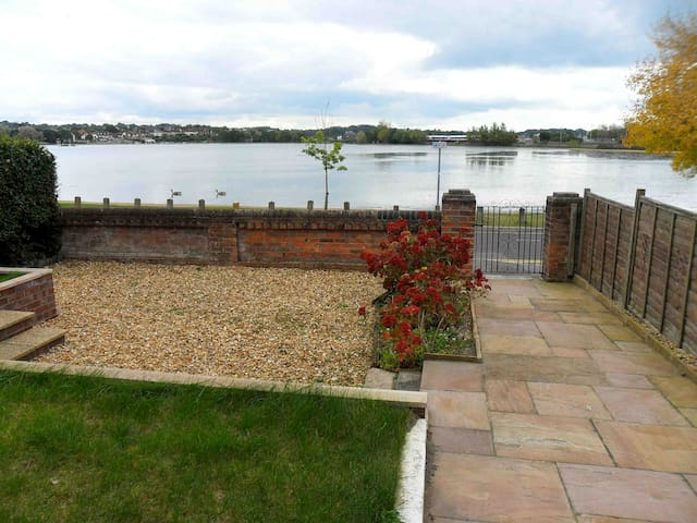 Views of the 55 acre Boating Lake from the flats.