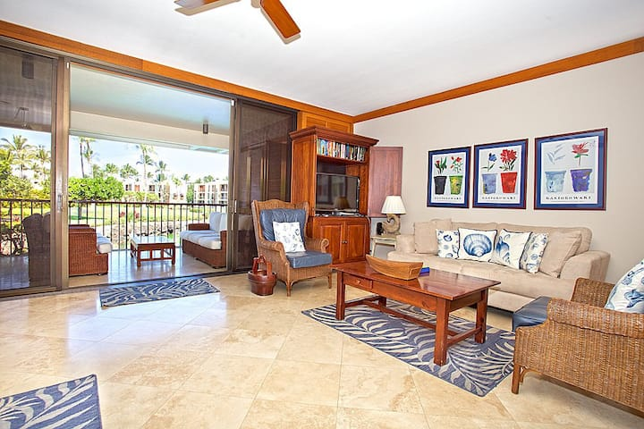 MG102- Romantic Villa at the Exclusive Mauna Lani Terrace, Steps From the Beach!