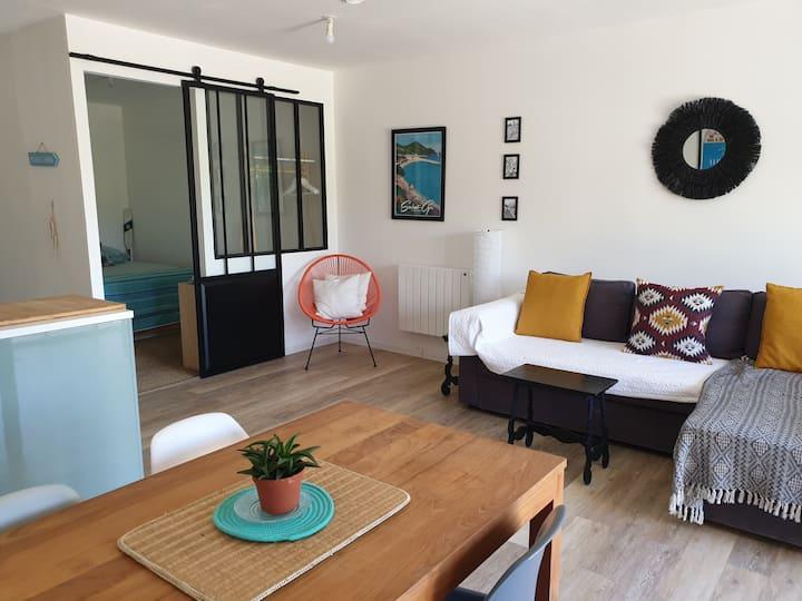 Appartement cosy, moderne, calme & près de la mer